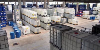 chemical-storage-629651_960_720-produits chimiques.jpg
